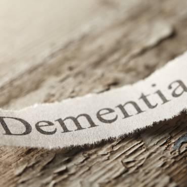 Dementia-Alzheimer-disease-530823906.jpg